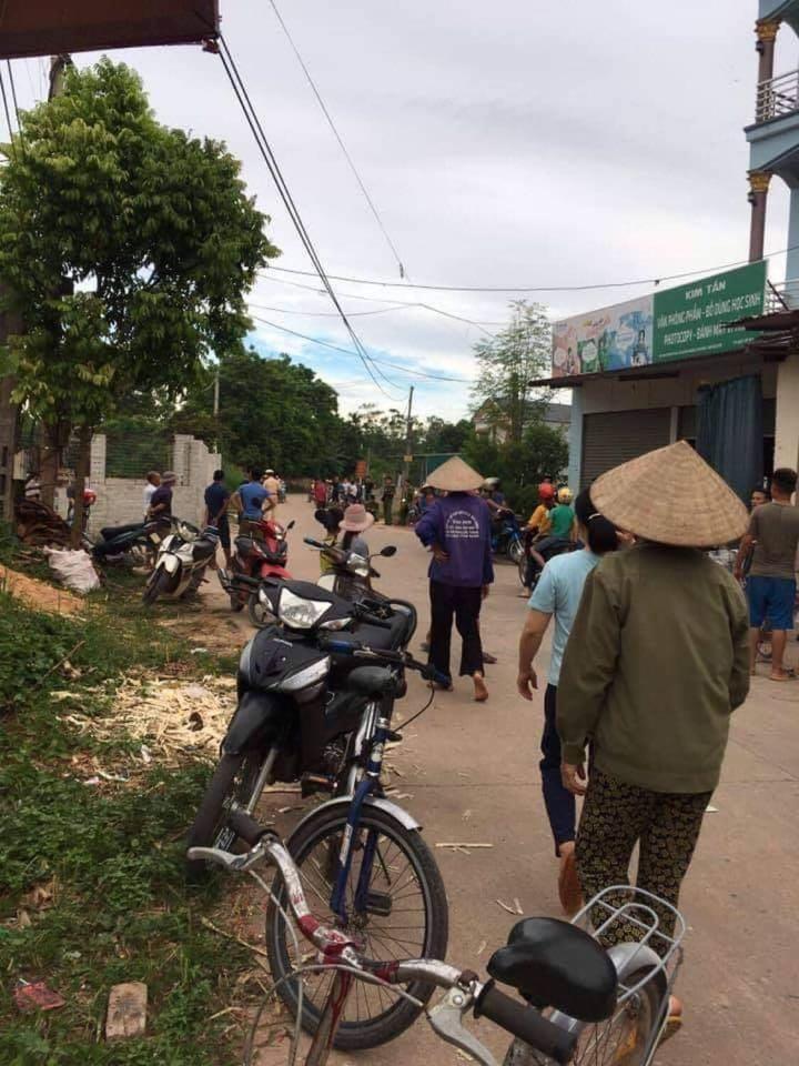 Thái Nguyên: Nữ tài xế mới học lái tông trúng 2 em học sinh đi xe đạp, 1 em tử vong - Ảnh 1.