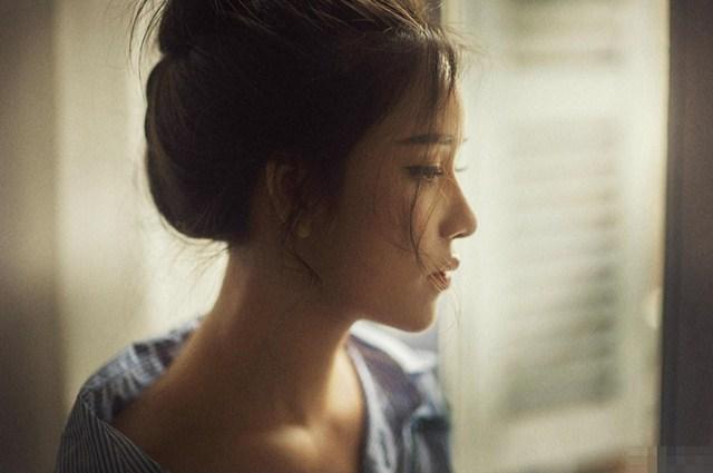 Ngỡ phanh phui được việc chồng ngoại tình từ 1 chi tiết nhạy cảm, cô vợ kiên quyết ly hôn nhưng 3 tháng sau lại bật khóc khi biết bí mật nghẹn lòng