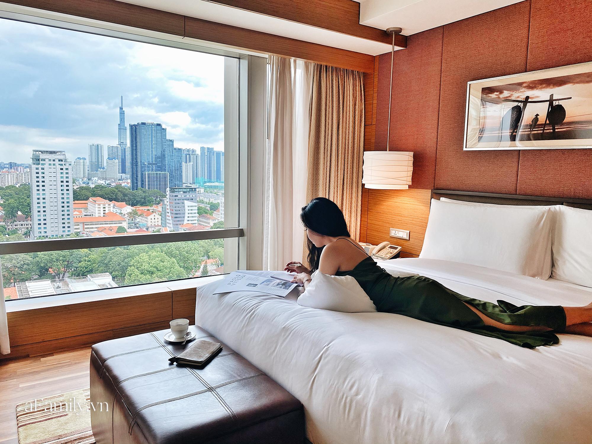 Vì sao giường khách sạn thường hào phóng bày tận 4 chiếc gối mà vẫn thiếu loại gối ôm dài, đây là câu trả lời - Ảnh 4.