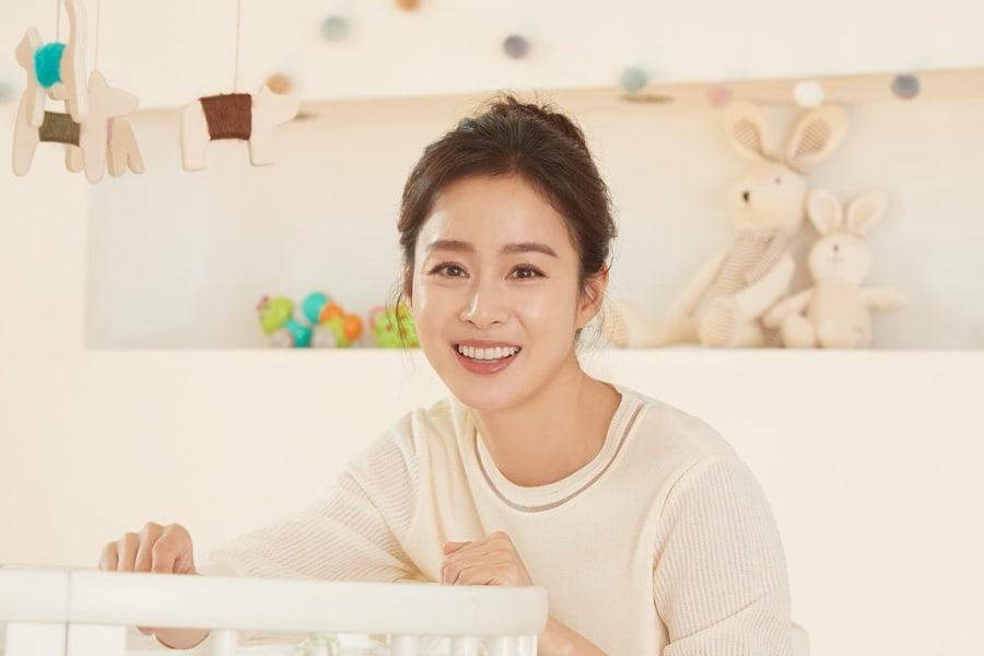 7 sao Hàn giỏi đến mức đứng đầu trường: Học vấn khủng, điểm đại học top toàn quốc, Kim Tae Hee khiến bạn học... phát sợ - Ảnh 2.