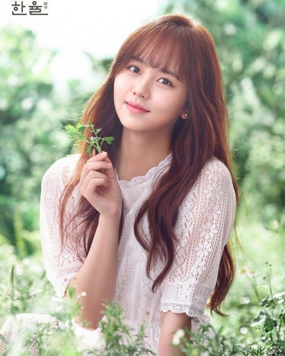 7 sao Hàn giỏi đến mức đứng đầu trường: Học vấn khủng, điểm đại học top toàn quốc, Kim Tae Hee khiến bạn học... phát sợ - Ảnh 7.