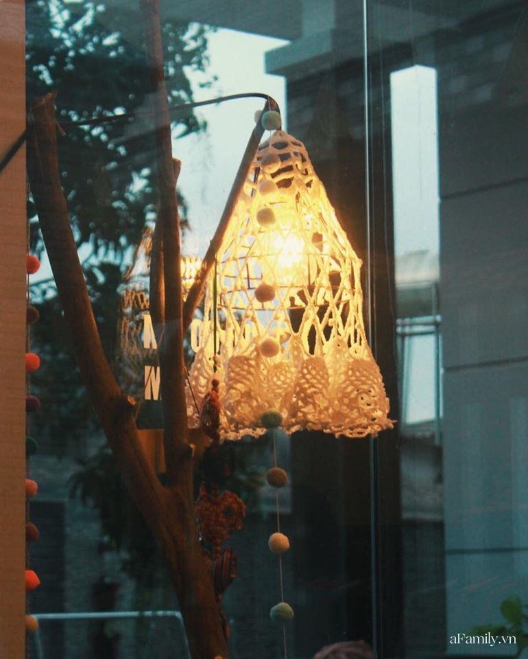 Nghe chủ shop thời trang tại Sài Gòn mách cách mua đồ decor vải second-hand, làm sao để tìm được món phụ kiện độc đáo, giá rẻ lại không bị lỗi - Ảnh 6.