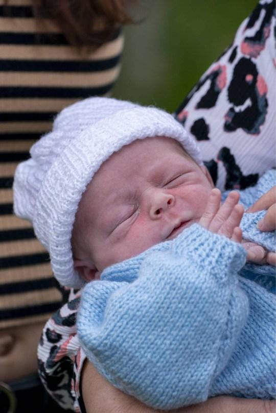 """Chỉ vỏn vẹn 4 tiếng sau khi biết mình có thai, cô gái 21 tuổi hạ sinh bé trai: """"Tôi đã sốc vô cùng"""" - Ảnh 3."""