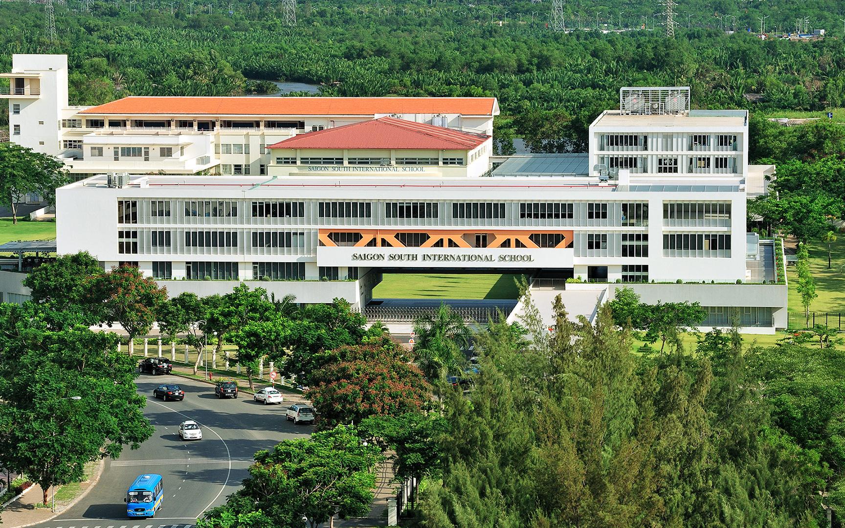 """Trường Quốc tế """"đỉnh"""" bậc nhất Sài Gòn: Không gian đẹp như trên phim, học phí nửa tỷ mỗi năm vẫn khiến phụ huynh sẵn sàng móc hầu bao cho con vào học"""