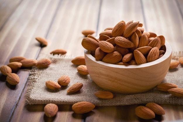 Mách nàng 5 món vặt ăn trước khi đi ngủ vừa giúp giảm cân, đánh bay mỡ bụng lại còn tốt cho sức khỏe hơn cả việc ăn kiêng kham khổ - Ảnh 1.