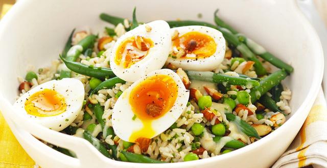 Mách nàng 5 món vặt ăn trước khi đi ngủ vừa giúp giảm cân, đánh bay mỡ bụng lại còn tốt cho sức khỏe hơn cả việc ăn kiêng kham khổ - Ảnh 3.
