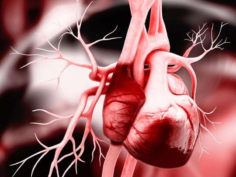 """Nếu cơ thể xuất hiện dấu hiệu """"2 sưng - 2 tím"""" này, phụ nữ cần đi khám tim gấp vì đó là triệu chứng của những căn bệnh nghiêm trọng - Ảnh 1."""