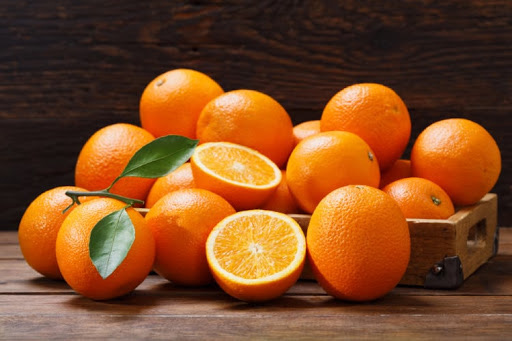 Chẳng cần uống thực phẩm chức năng, cứ ăn 8 loại quả này thường xuyên là chị em đã có thể tự sản sinh collagen - Ảnh 2.