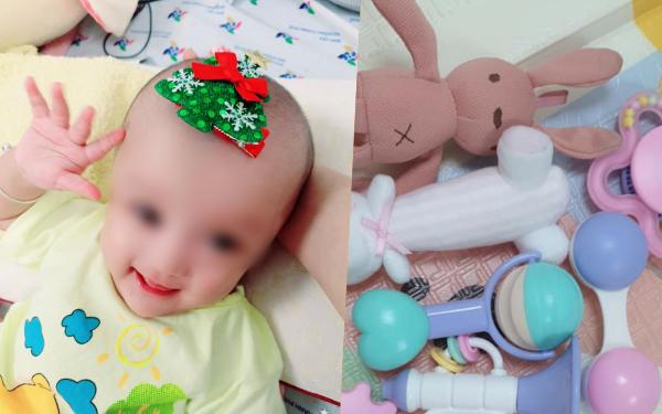 Ngày thứ 2 sau mổ của cặp song sinh dính liền: Sức khỏe ổn nhưng vẫn còn đau, mẹ mua đồ chơi nhờ bác sĩ tiệt trùng gửi cho 2 bé