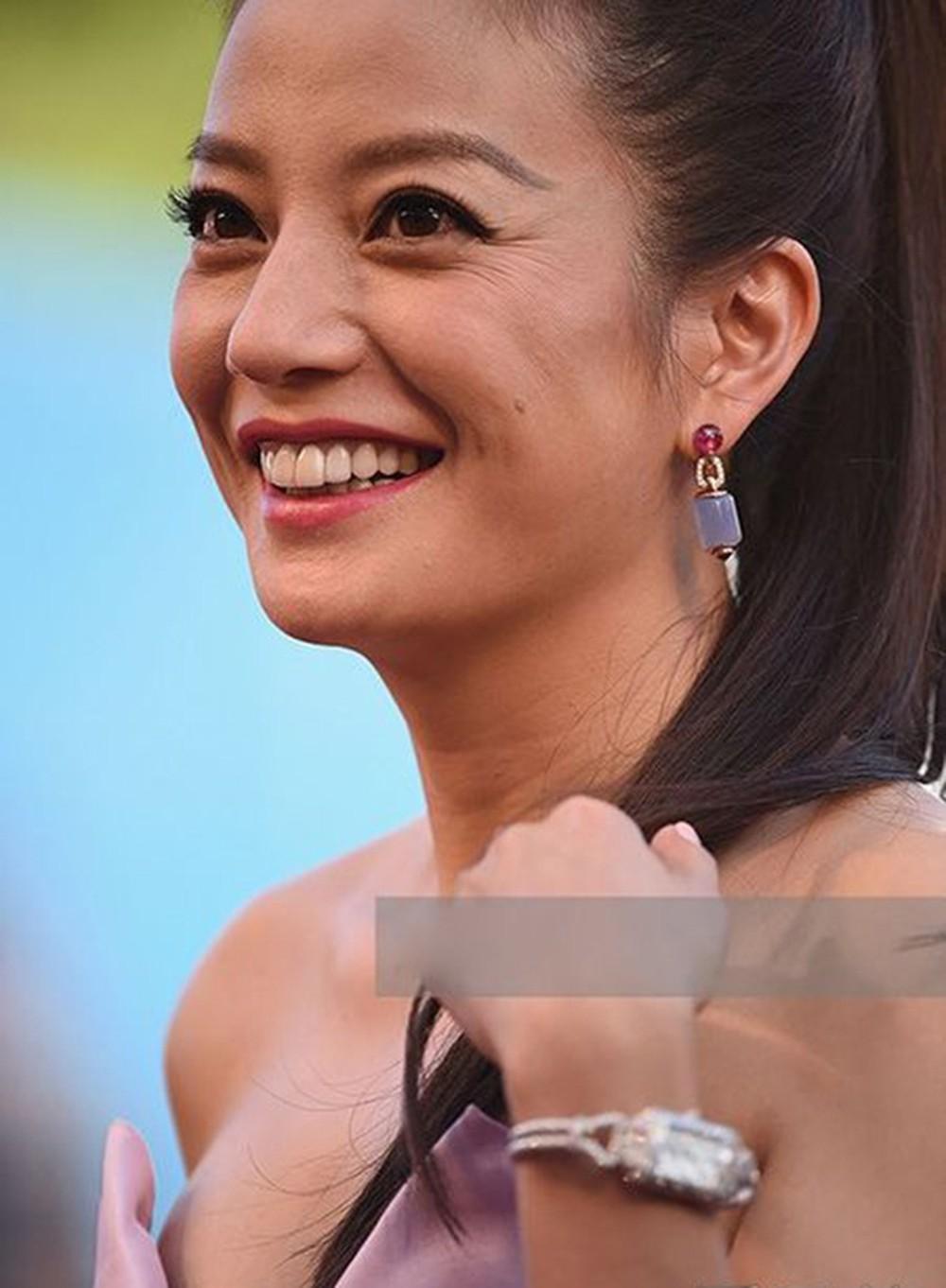 """Dù để tóc """"hack tuổi"""", Song Hye Kyo vẫn lộ dấu hiệu lão hóa rõ rành rành không thể chối cãi - Ảnh 5."""