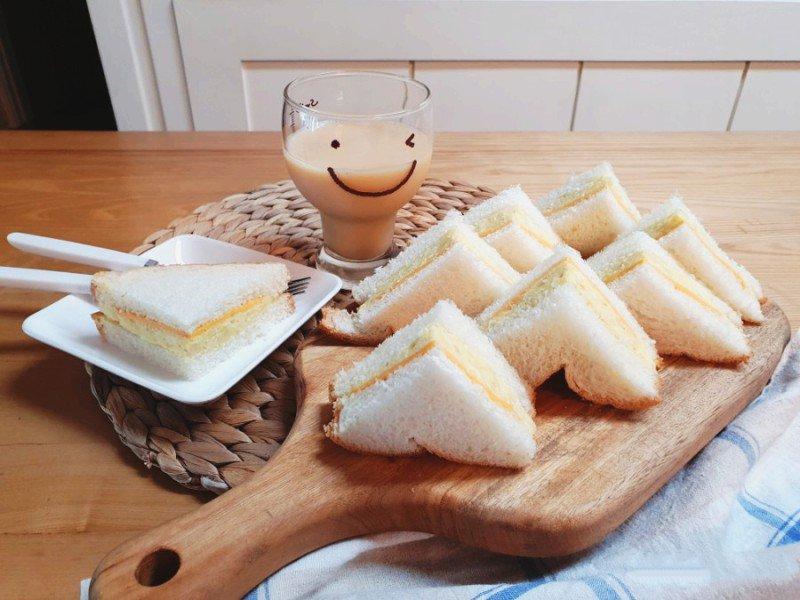 Bánh mì kẹp mà làm dễ thế này thì phải học ngay thôi nào - Ảnh 4.
