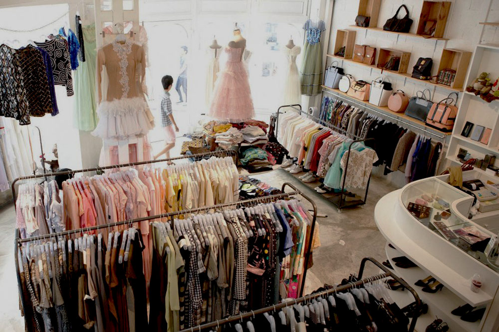 """Theo chân du học sinh 2K người Việt đi mua hàng thùng tại các shop thời trang Úc: Giá """"đắt xắt miếng"""" vì quá nhiều đồ hiệu - Ảnh 3."""