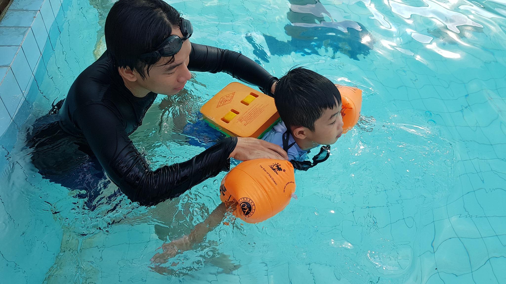 Mùa hè đến rồi, đây là 8 địa chỉ học bơi uy tín ở Hà Nội cho trẻ, cha mẹ nên tham khảo ngay - Ảnh 3.