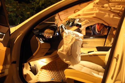 Võ Hoàng Yến bật khóc nức nở, nhắc vụ scandal xe BMW gặp tai nạn bật ngửa, phải nhập viện cấp cứu  - Ảnh 5.