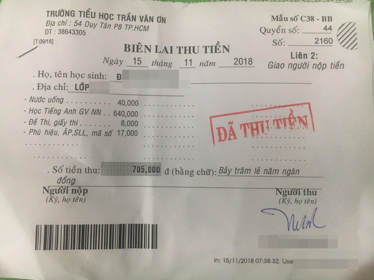 """Phụ huynh tiểu học ở TP.HCM bức xúc tố hiệu trưởng """"mập mờ thu chi"""", sử dụng 1 tờ giấy vở ô ly để làm hóa đơn thu tiền - Ảnh 11."""