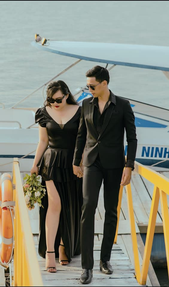 Cặp vợ chồng ở Sài Gòn chia sẻ kinh nghiệm chọn gói chụp ảnh cưới ngoại cảnh chỉ 7 triệu: Sẽ có phát sinh chi phí nhưng không cao, lựa chọn studio là điều quan trọng nhất - Ảnh 2.