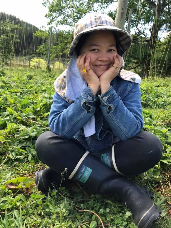 Nghỉ việc, rời mác con nhà người ta, cô gái Sài Gòn sang New Zealand làm nông nghiệp 1 năm để đi tìm chính mình: - Ảnh 2.