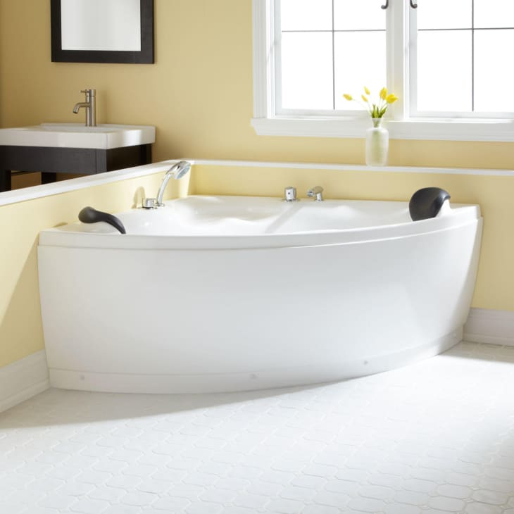 Mẹo nhỏ siêu thú vị giúp biến bất kỳ phòng tắm nhỏ nào thành spa thư giãn mùa hè - Ảnh 10.