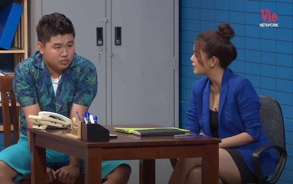 """Lại chuyện váy áo lên sóng truyền hình: Phạm Quỳnh Anh bị """"dí"""" bộ đầm ngắn cũn ôm sát - Ảnh 6."""