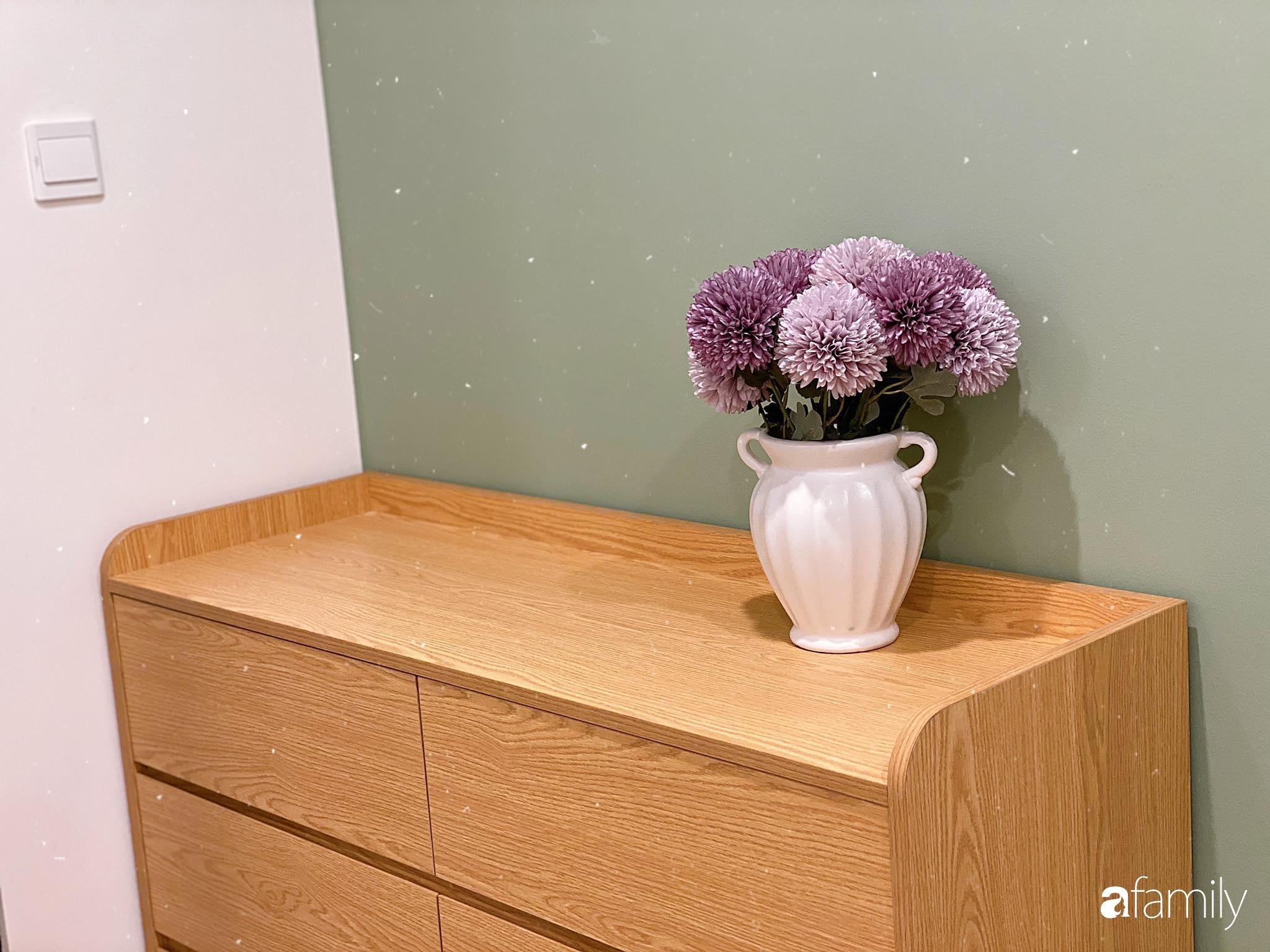 Căn hộ 59m² màu xanh lá xua tan nóng bức mùa hè có chi phí hoàn thiện 225 triệu đồng ở Hà Nội - Ảnh 6.
