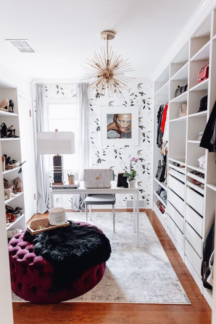 8 không gian làm việc lý tưởng để bố trí thêm tủ đồ giúp nhà gọn gàng và thuận tiện khi sử dụng - Ảnh 7.