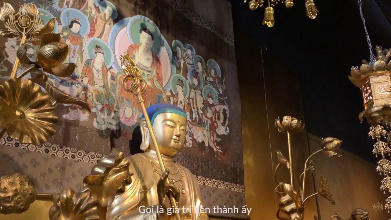 """Đại gia Minh Nhựa """"lấn sân"""" làm YouTuber, mở màn vlog đầu tay review quán cafe toàn cổ vật Phật giáo vô giá tại Sài Gòn khiến dân tình kinh ngạc - Ảnh 11."""