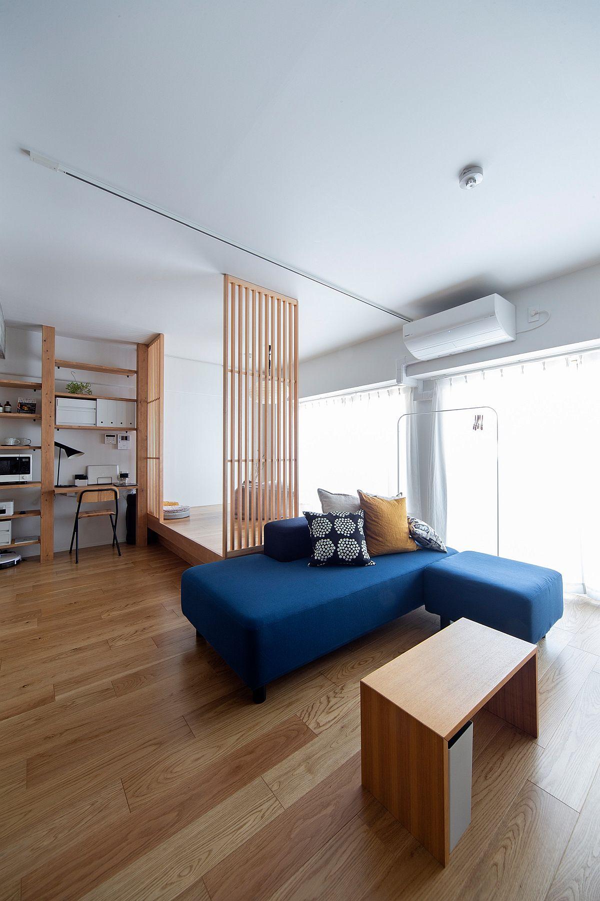 Phòng khách nhỏ xíu vẫn đẹp hoàn hảo nhờ kinh nghiệm lựa chọn sofa phù hợp - Ảnh 7.
