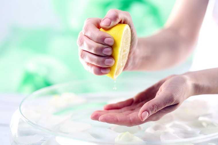 Nấu ăn mà bị vết nghệ dính trên tay thì trông ghê lắm, học ngay mẹo này để tẩy sạch bay! - Ảnh 5.