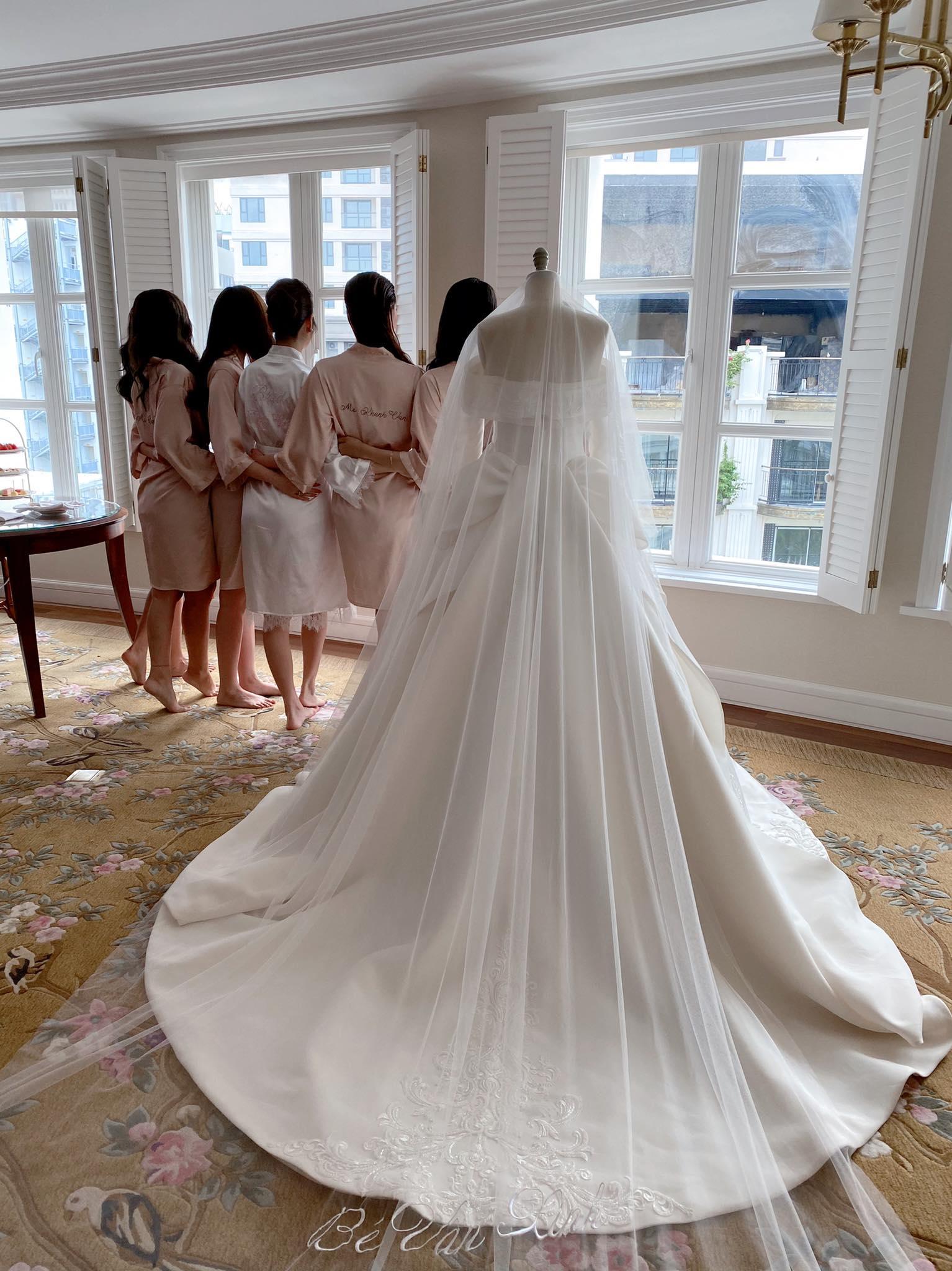 Trước giờ G, ngắm nhìn 1 trong 3 chiếc váy cưới của Á hậu Thuý Vân: Bộ váy cưới trong mơ của mọi cô gái - Ảnh 5.