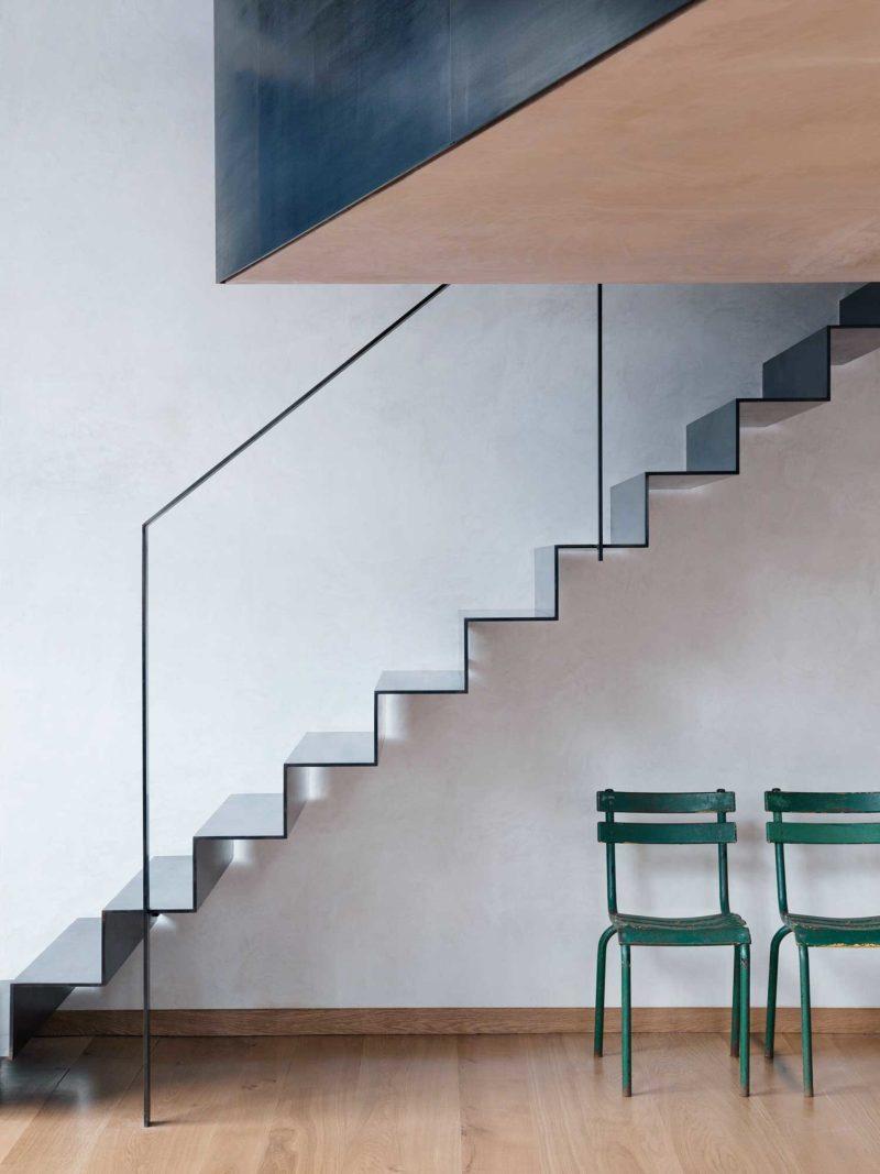 Những ý tưởng thông minh và sáng tạo thiết kế cầu thang cho gác xép nhỏ - Ảnh 10.