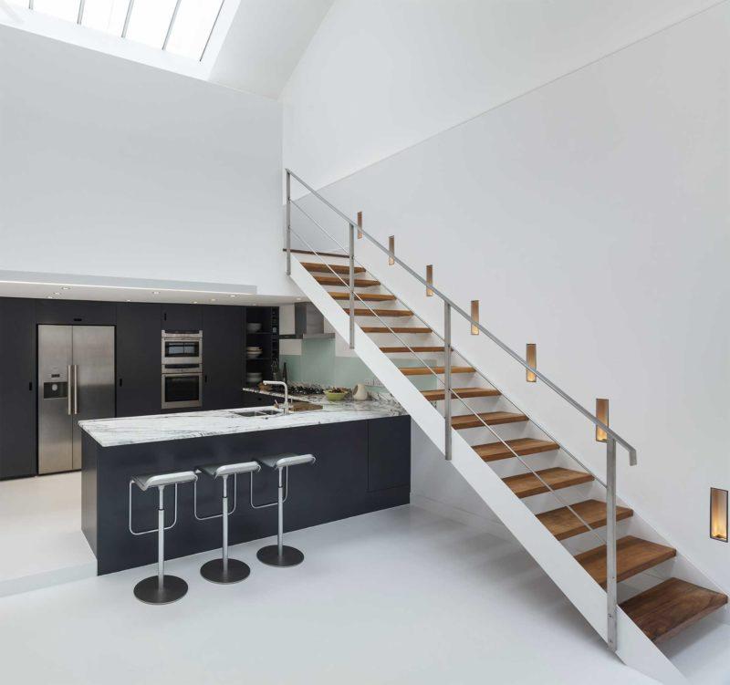 Những ý tưởng thông minh và sáng tạo thiết kế cầu thang cho gác xép nhỏ - Ảnh 7.