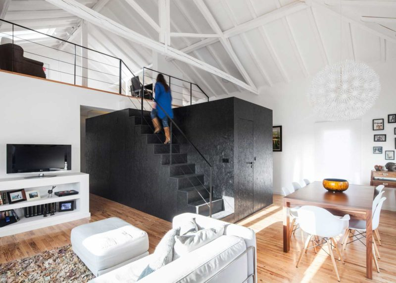 Những ý tưởng thông minh và sáng tạo thiết kế cầu thang cho gác xép nhỏ - Ảnh 9.