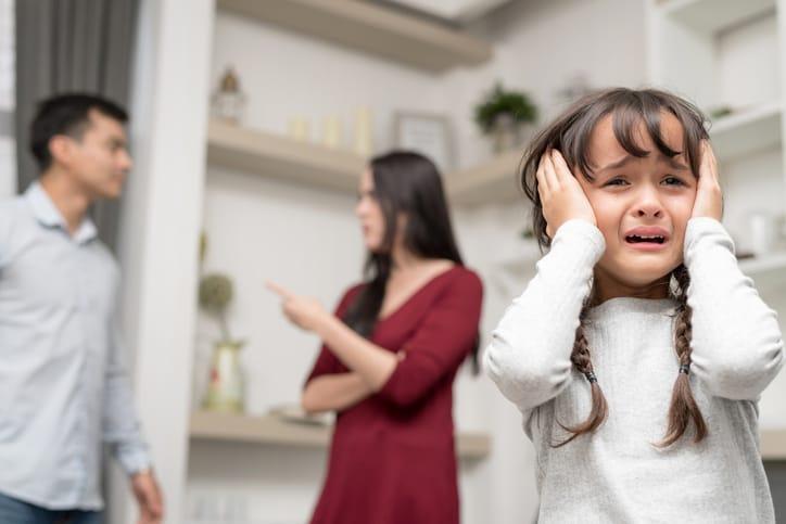 Những điều tuyệt đối đừng để con phải nghe thấy dù ở trong bất kỳ hoàn cảnh nào nếu không muốn cuộc sống của con bị ảnh hưởng nặng nề - Ảnh 1.