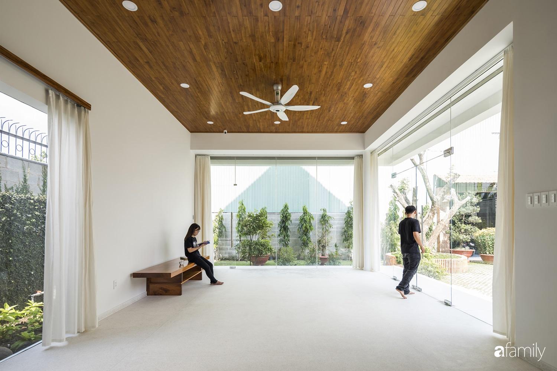 """Nhà ngoại ô ở ngoại ô Sài Gòn """"góp nhặt"""" tất cả vẻ đẹp của kiến trúc đương đại - Ảnh 8."""