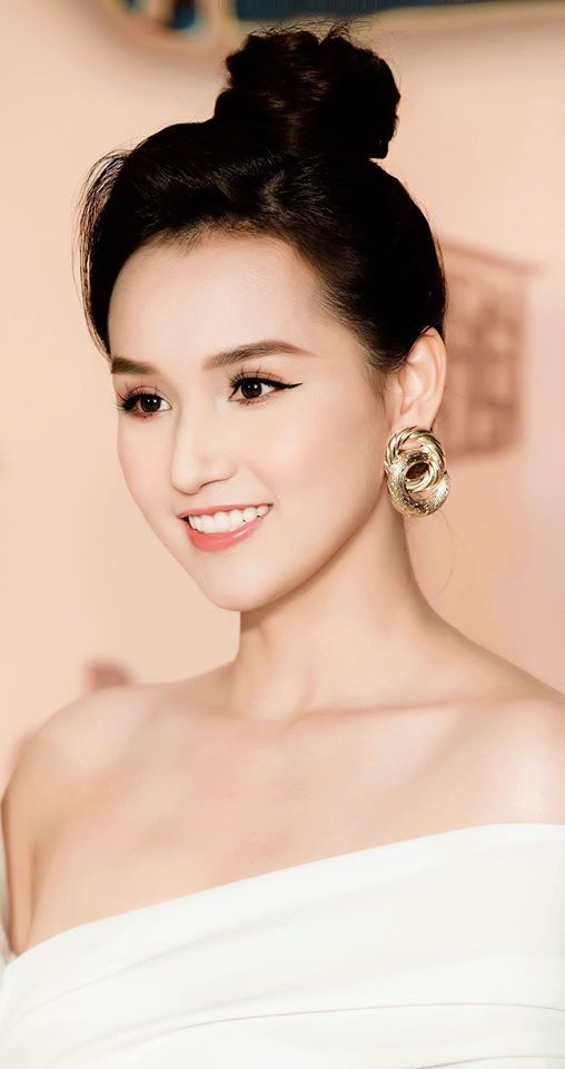 """Seo Ye Ji Việt Nam chính là Lã Thanh Huyền: Nhan sắc cân hết mọi màu son khó nhằn, style vừa """"lồng lộn"""" lại vừa sang - Ảnh 5."""