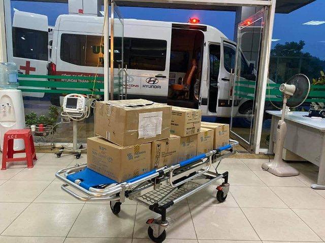 4 y bác sĩ BV Nhiệt đới TW lên đường 'giải cứu' công dân Việt từ Guinea Xích đạo - Ảnh 7.