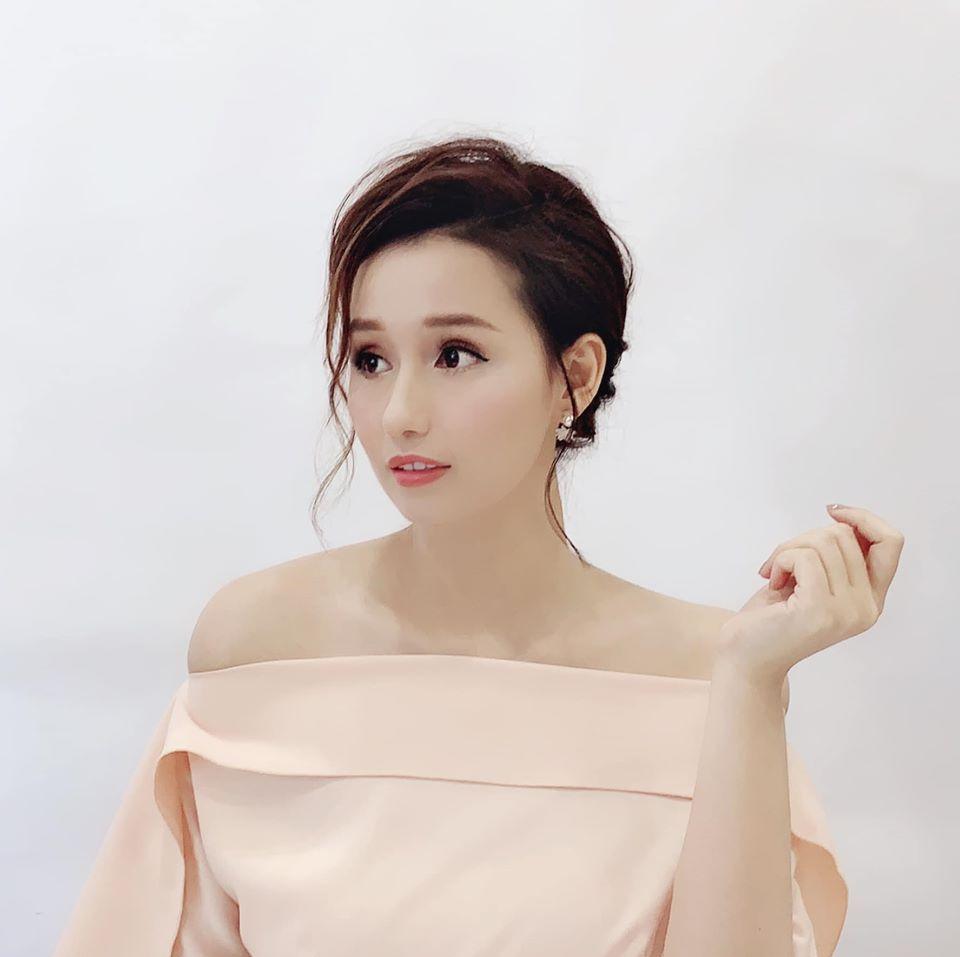 """Seo Ye Ji Việt Nam chính là Lã Thanh Huyền: Nhan sắc cân hết mọi màu son khó nhằn, style vừa """"lồng lộn"""" lại vừa sang - Ảnh 3."""