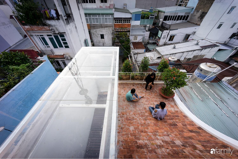 Nhà chính Tây rộng 38m² vẫn mát lành và tràn đầy sinh khí ở quận Tân Bình, TP. HCM - Ảnh 6.