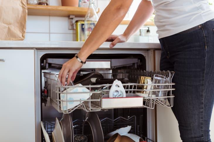 """5 mẹo vệ sinh nhà bếp """"kiểu mới"""" giúp mọi thứ nhanh gọn và sạch sẽ lên trông thấy - Ảnh 2."""