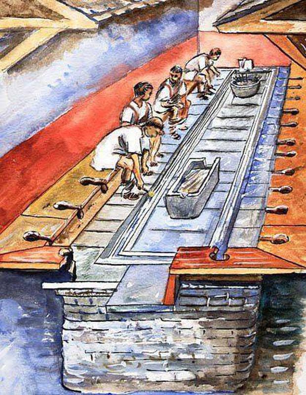 Xem qua loạt ảnh này bạn sẽ hình dung được cách người giàu thời Trung cổ giải quyết nỗi buồn, ngạc nhiên hơn là việc xả thẳng ra môi trường - Ảnh 2.
