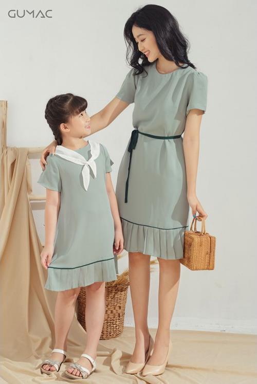 Bí quyết diện đồ đôi cực xinh cho mẹ và bé, thỏa sức tận hưởng mùa hè sôi động - Ảnh 3.