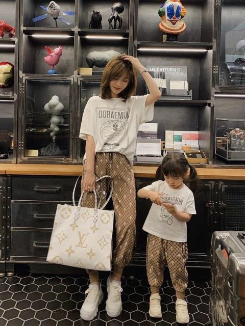 Bí quyết diện đồ đôi cực xinh cho mẹ và bé, thỏa sức tận hưởng mùa hè sôi động - Ảnh 6.