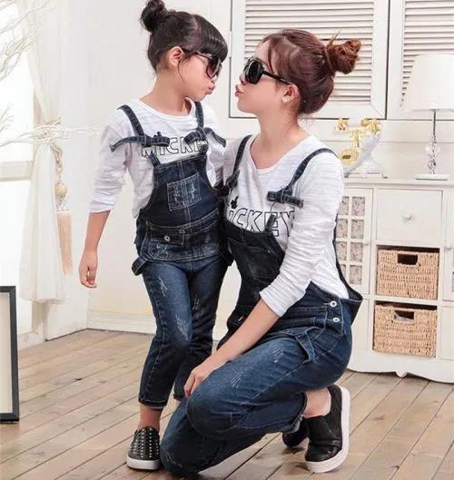 Bí quyết diện đồ đôi cực xinh cho mẹ và bé, thỏa sức tận hưởng mùa hè sôi động - Ảnh 8.