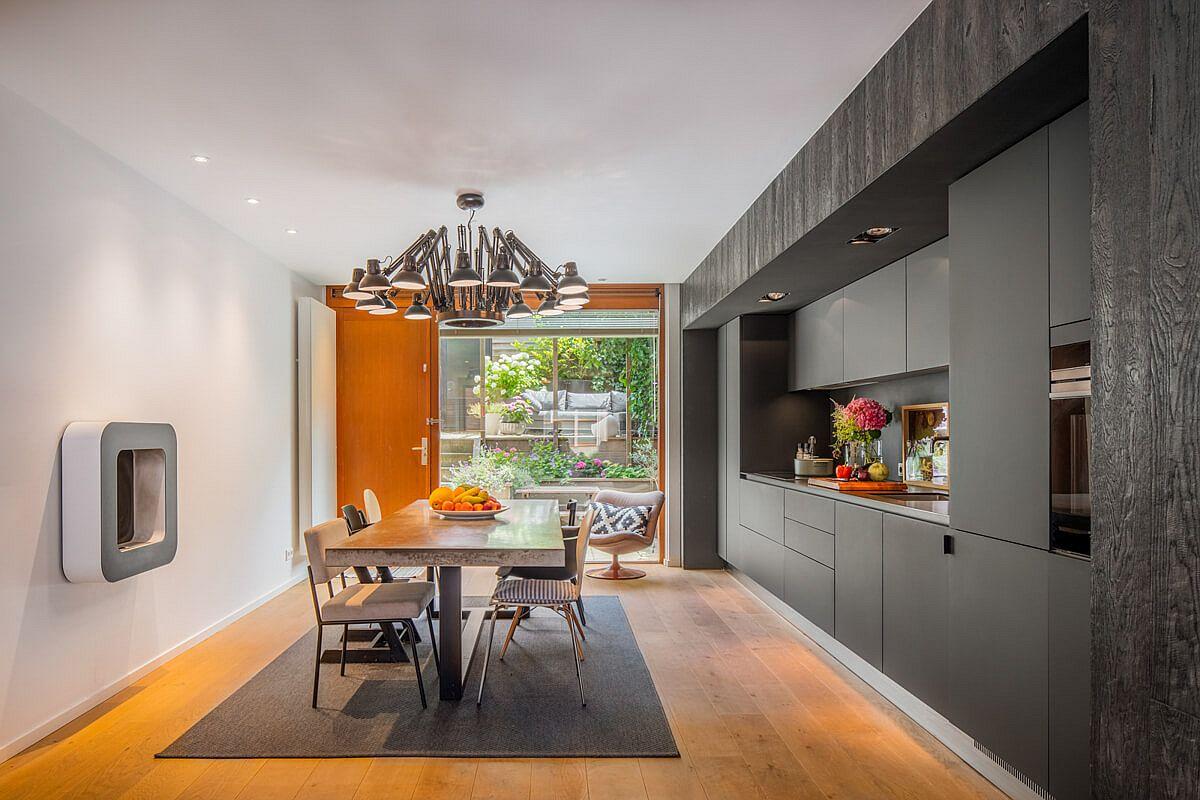 """Ngôi nhà """"biến hình"""" đẹp bất ngờ sau cải tạo, nhìn vào nội thất đơn giản chỉ đủ dùng khiến ai cũng phải ấn tượng đến há hốc mồm - Ảnh 3."""