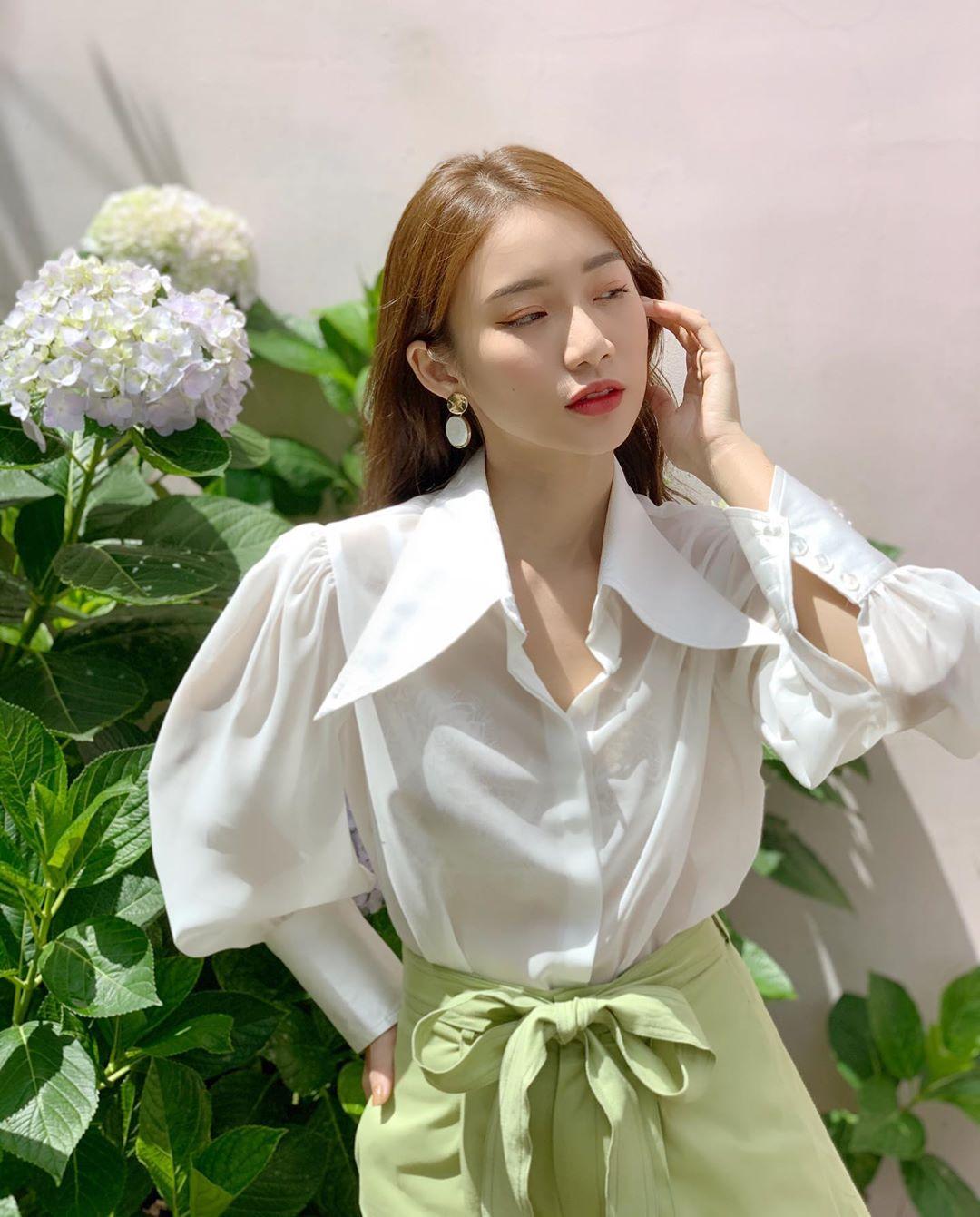 """MC Mai Ngọc cũng u mê Seo Ye Ji """"không lối thoát"""", lên đồ giống hệt mỹ nhân Hàn để diện đến sở làm - Ảnh 7."""