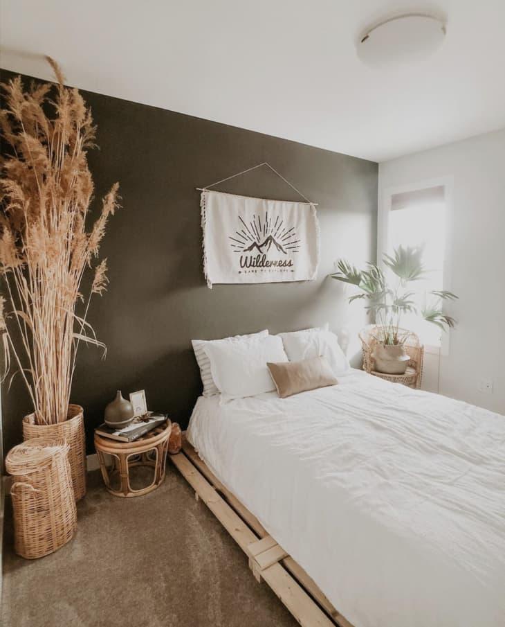Gợi ý 10 kiểu giường pallet vừa rẻ vừa xinh phù hợp với mọi loại phòng ngủ - Ảnh 4.