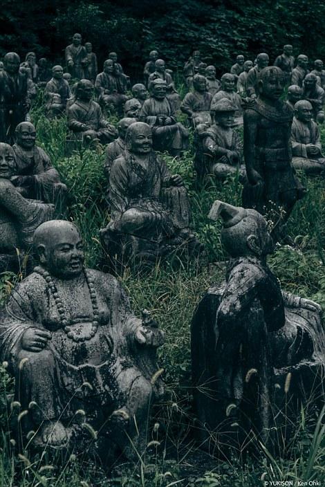 Vị doanh nhân chi gần 2.000 tỷ đồng mở công viên ngàn tượng nhưng chẳng ai dám bén mảng đến vì nỗi ám ảnh những bức tượng biết đi - Ảnh 2.