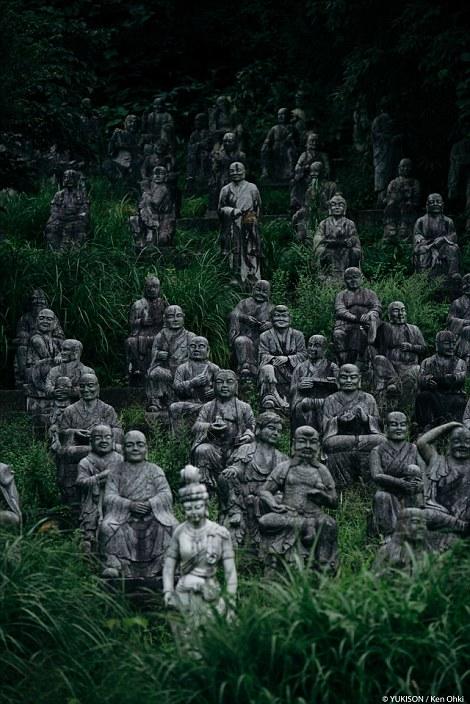 Vị doanh nhân chi gần 2.000 tỷ đồng mở công viên ngàn tượng nhưng chẳng ai dám bén mảng đến vì nỗi ám ảnh những bức tượng biết đi - Ảnh 3.