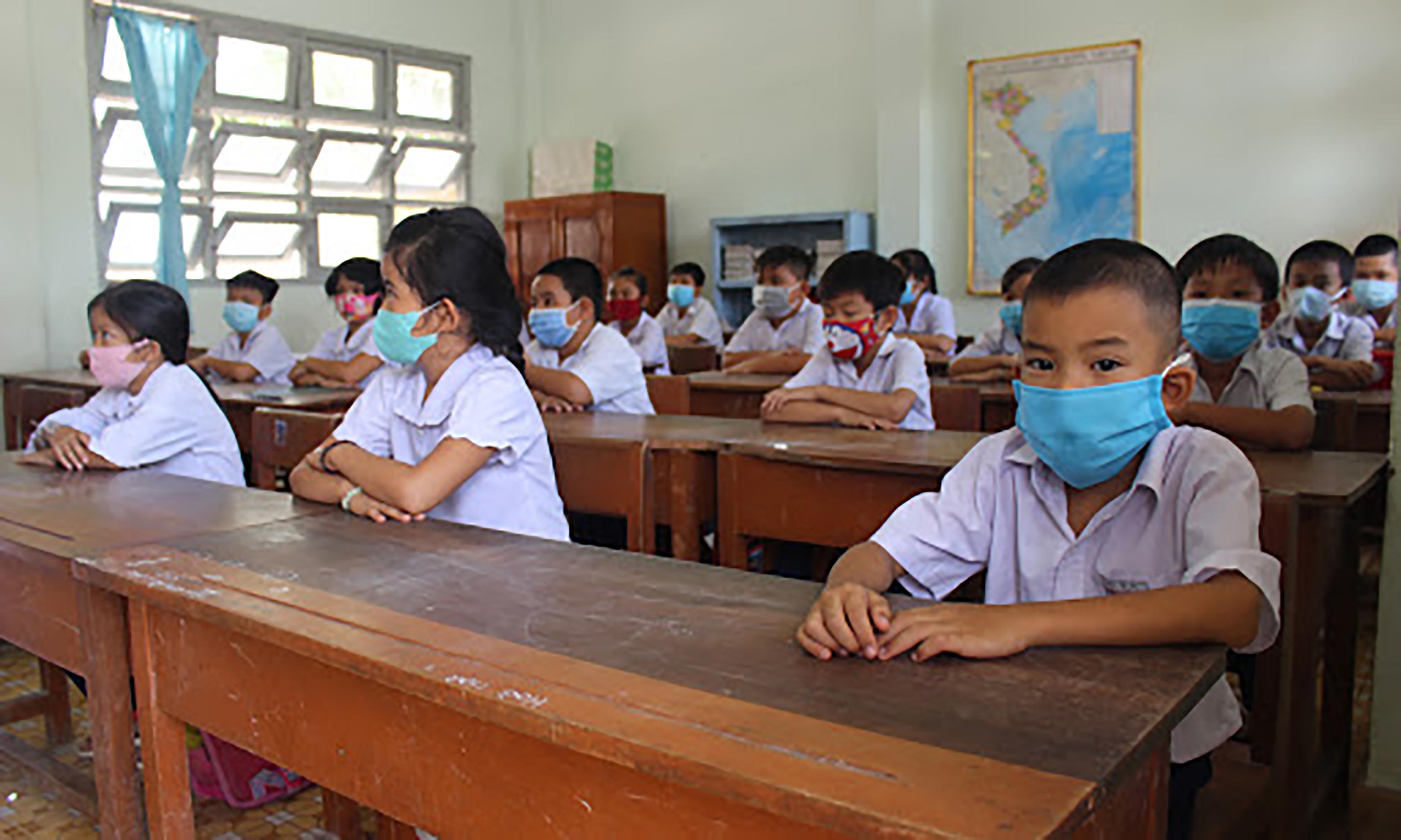 Thêm 1 tỉnh cho học sinh từ lớp 1 đến 11 nghỉ học để tránh dịch, riêng mầm non và lớp 12 có ngoại lệ như sau - Ảnh 2.
