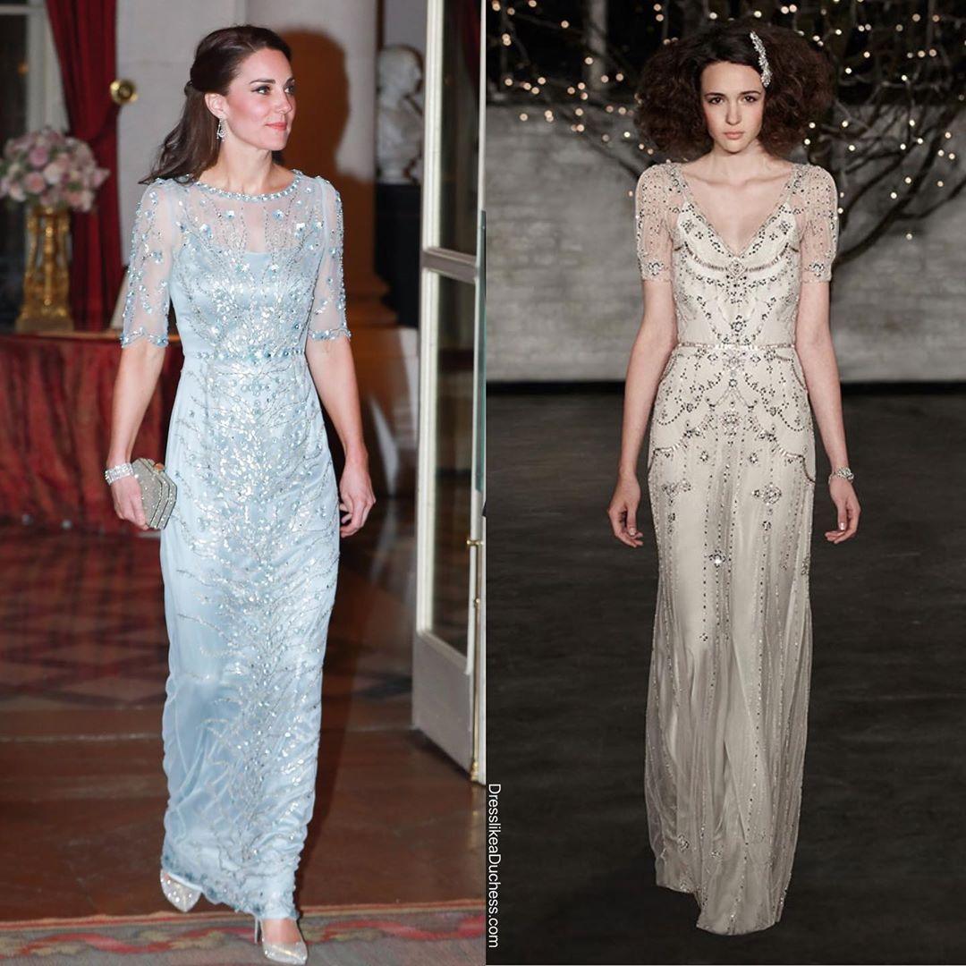 Công nương Kate bao lần diện váy còn sang hơn cả mẫu gốc: Đẳng cấp nữ hoàng tương lai là đây chứ đâu - Ảnh 1.